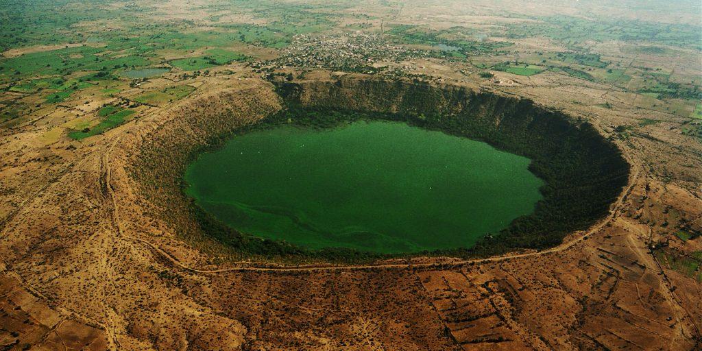 Lac spiruline Lonar en Inde